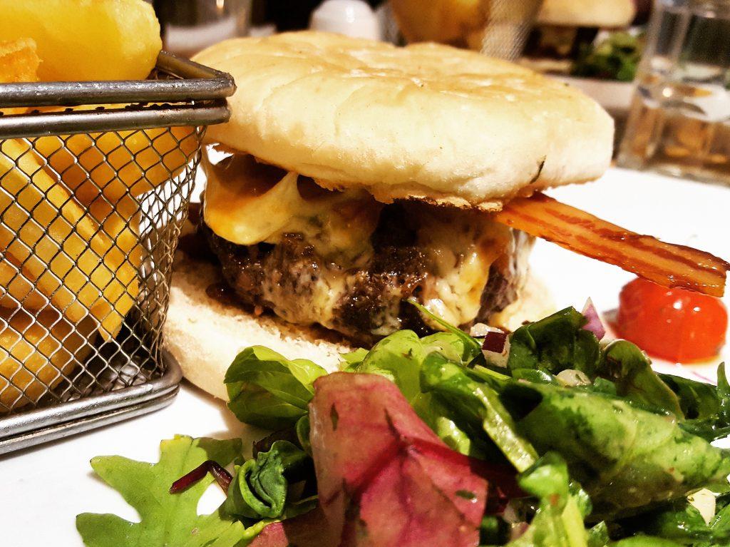 Eating in Sligo Eala Bhan Burger