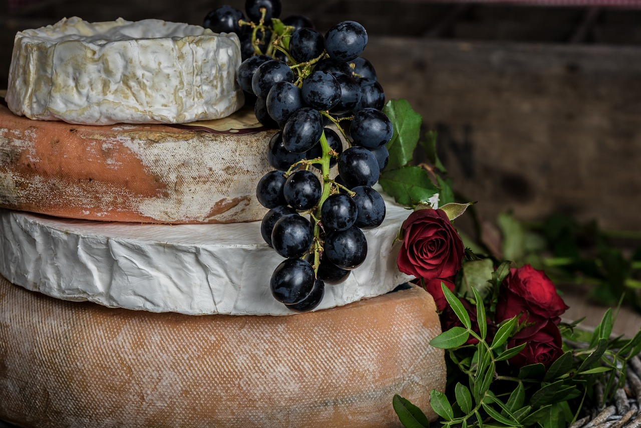 A Gift Guide For Cheese Lovers