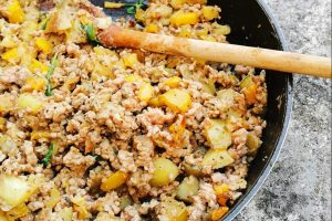 ONE PAN LAMB MINCE AND TATTIES RECIPE
